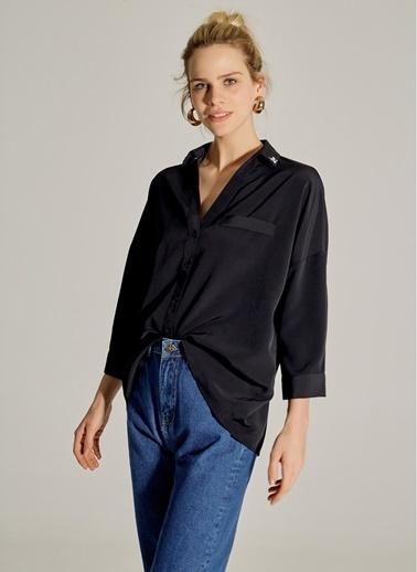 NGSTYLE Yakası Taş İşlemeli Gömlek Siyah